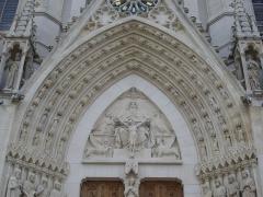 Basilique Saint-Epvre - Basilique Saint-Epvre de Nancy (Meurthe-et-Moselle, France); portail d'entrée, tympan