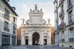 Porte Saint-Georges - English: Porte Saint-Georges frontal view