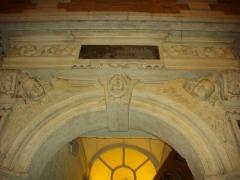 Immeuble - Français:   Détail de porte, 11 rue Saint-Laurent, Pont-à-Mousson (Meurthe-et-Moselle, France)