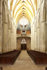 Ancienne cathédrale Saint-Etienne et son cloître -  À Toul (Meurthe-et-Moselle, France), dans la cathédrale St Étienne, orgue Curt Schwenkedel, de style néoclassique, ayant remplacé en 1963 l'instrument de Nicolas Dupont de 1755, détruit par un incendie en 1940.