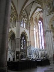 Ancienne cathédrale Saint-Etienne et son cloître - intérieur de la Cathédrale Saint-Étienne église, cloître (Classé Classé)