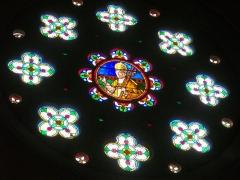 Eglise Saint-Pantaléon - Français:   Église Saint-Pantaléon de Commercy (Meuse, France). Vitrail: Benoît XV