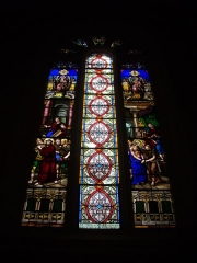 Eglise Saint-Pantaléon - Français:   Église Saint-Pantaléon de Commercy (Meuse, France). Vitrail: Jésus portant la Croix - Jésus devant Pilate