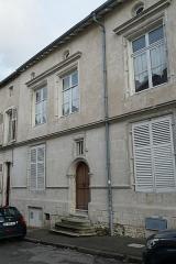 Maison - Français:   à Commercy.
