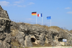 Fort - Deutsch: Fort Doaumaont Kasernenbereich