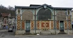 Ancienne abbaye - Français:   Vue des halles de St-Mihiel.