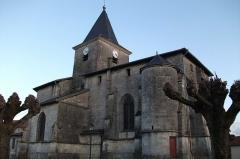 Eglise de l'Immaculée Conception - vue latérale de l'église de Tronville-en-Barrois.