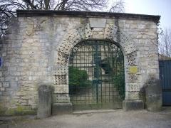 Hôtel de Princerie, actuellement musée - Français:   Arrière de l\'hôtel de la Princerie à Verdun (Meuse, France), portail donnant sur la place de la Libération