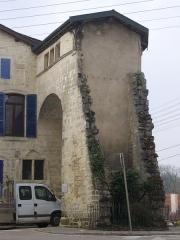 Porte Châtel - Français:   Porte Châtel à Verdun (Meuse, France), vue du nord