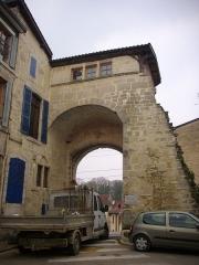 Porte Châtel - Français:   Porte Châtel à Verdun (Meuse, France), vue de l\'est
