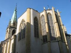 Eglise Saint-Martin - Vue de la rue des Huiliers. Classée 1925