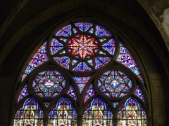 Eglise Saint-Vincent - Français:   Église Saint-Vincent de Metz (Moselle, France); détail du vitrail du Couronnement de la Vierge