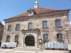 Hôtel de ville - Français:   Phalsbourg (Moselle) Place d\'Armes mairie MH