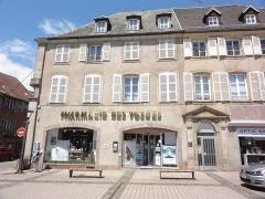 Immeuble - Français:   Immeuble 1 Place d\'Armes, Phalsbourg (Moselle)