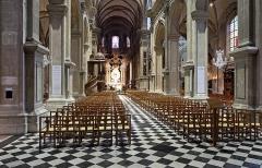 Cathédrale Notre-Dame de Grâce - Nederlands: Cambrai (departement Nord, Frankrijk): interieur van de Notre-Dame de Grâce kathedraal