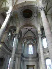Eglise Saint-Géry - Français:   Eglise Saint-Géry de Cambrai: croisée du transept