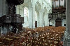 Eglise Saint-Géry - Nederlands: Cambrai (departement Nord, Frankrijk): interieur van de Saint-Gérykerk
