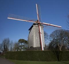 Moulin de l'Etendard - English:  Windmill of the Banner.