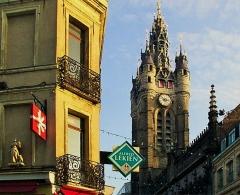 Hôtel de ville et beffroi - Français:   Douai.- le beffroi Beffrois du Nord-Pas-de-Calais,France