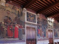 Hôtel de ville et beffroi - Fresques de la salle gothique de l'hôtel de ville de Douai (Nord).