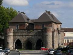 Porte de Valenciennes ou Porte Vacqueresse - English: The Valenciennes door in Douai (Nord, France).