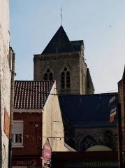 Eglise Saint-Folquin - Français:   Clocher de l\'église St Folquin (Xe-XVIIe) à  Esquelbecq Nord.- France.