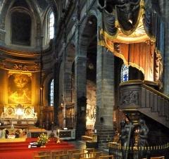 Eglise Saint-Etienne - la chaire  de l'église Saint-Étienne à  Lille (Nord, France),