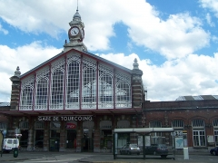 Gare - English:   The façade of Tourcoing railway station in Nord, France.