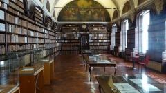 Ancien collège des Jésuites - Valenciennes  la Bibliothèque municipale  Nord (département français).