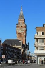 Hôtel de ville - Nederlands: Duinkerke (département du Nord, Frankrijk): de Rue Clémenceau en het belfort van het stadhuis