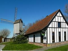 Moulin et maison du Meunier - le Moulin de la Roome Pays des  Moulins de Flandre, Nord, France