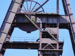 Ancienne fosse Ledoux - La fosse Ledoux de la Compagnie des mines d'Anzin était un charbonnage du bassin minier du Nord-Pas-de-Calais constitué de deux puits situé à Condé-sur-l'Escaut, Nord, Nord-Pas-de-Calais, France.
