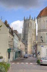 Eglise Saint-Pierre - Aire sur la lys,Vue sur le clocher de la collégiale St Pierre