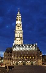 Beffroi - Nederlands: Arras (departement Pas-de-Calais, Frankrijk): stadhuis en belfort