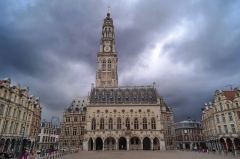 Beffroi - This building is indexed in the Base Mérimée, a database of architectural heritage maintained by the French Ministry of Culture,under the reference PA00107963 .