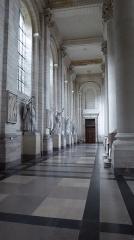 Cathédrale Notre-Dame et Saint-Vaast -  Nef latérale de la cathédrale Notre-Dame-et-Saint-Vaast d'Arras Pas-de-Calais .- Nord-Pas-de-Calais-Picardie