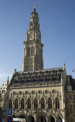 Hôtel de ville - This building is classé au titre des Monuments Historiques. It is indexed in the Base Mérimée, a database of architectural heritage maintained by the French Ministry of Culture,under the reference PA00107978 .