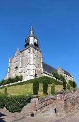 Eglise Saint-Martin - Français:   Auxi-le-Château (Pas-de-Calais) - France, l\'église Saint-Martin (XVIème sièce).