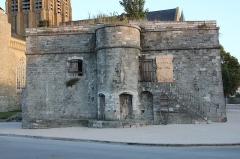 Citerne de l'église Notre-Dame - English: Cistern of Notre-Dame church of Calais, France