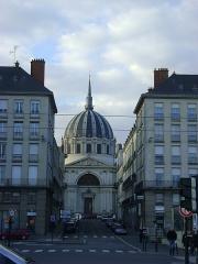 Eglise Notre-Dame-du-Bon-Port - Français:   Eglise Notre-Dame de Bon-Port de Nantes. La façade.