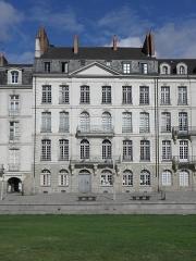Immeuble - Français:   Immeuble 10 Allée de Turenne à Nantes (44).