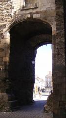 Porte gallo-romaine, dite du Bastion Saint-Pierre, dépendant de l'ancien évêché - Français:   Entrance/exit of Porte Saint-Pierre, Nantes