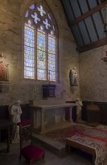 Chapelle de Penchâteau - Français:   Chapelle Sainte-Anne de Penchâteau — vitraux, Le Pouliguen, Loire-Atlantique, France