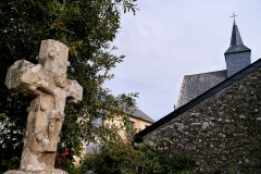 Chapelle de Penchâteau - Français:   Chapelle Sainte-Anne et croix de Penchâteau, Le Pouliguen, France.