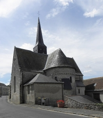 Eglise - Français:   Église Saint-Jean-Baptiste de Dénezé-sous-le-Lude (49). Chevet.