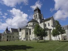 Ancienne abbaye royale de Fontevraud, actuellement centre culturel de l'Ouest - Chevet de l'abbatiale de Fontevraud (49).