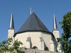 Eglise paroissiale (ancienne chapelle du château) - Français:   Église Notre-Dame de Montreuil-Bellay - Façade est (Maine-et-Loire, Pays de la Loire).