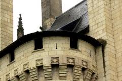 Château - Français:   Les châteaux de la Loire.