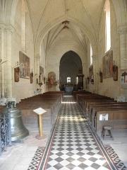 Eglise - Français:   Intérieur de l\'église Saint-Germain de Moulihenre (49).