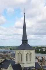Eglise Saint-Pierre -  Tour-clocher de l'église Saint-Pierre-du-Marais de Saumur (49).